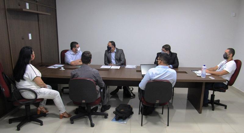 Presidente do CRO-RO recebe representantes da ANADEM
